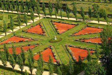 A passeggio tra i profumi della loira giardinaggio - Giardino francese ...