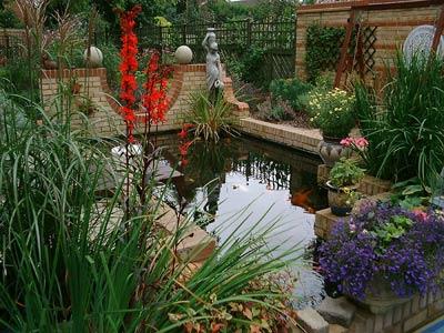 come progettare e costruire un laghetto nel giardino ... - Come Realizzare Un Giardino Zen