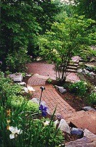 percorsi rilassanti nel giardino